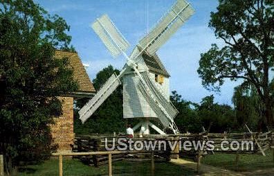 Robertson'S Windmill  - Williamsburg, Virginia VA Postcard