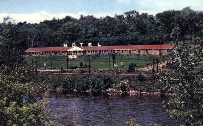 Mohawk Motor Lodge - Bennington, Vermont VT Postcard