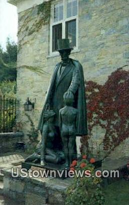 Sculptor Clyde Du Vernet Hunt - Bennington, Vermont VT Postcard