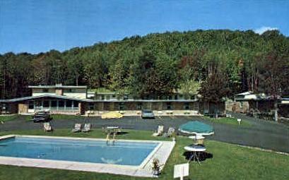 Edelweiss Motel - Mendon, Vermont VT Postcard