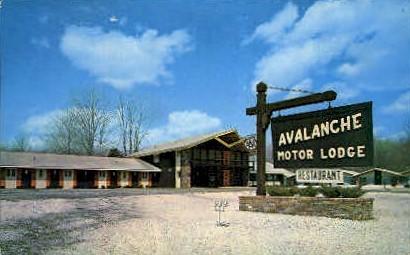 Avalanche Lodge - Manchester, Vermont VT Postcard