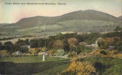 Dorset Hollow - Manchester, Vermont VT Postcard