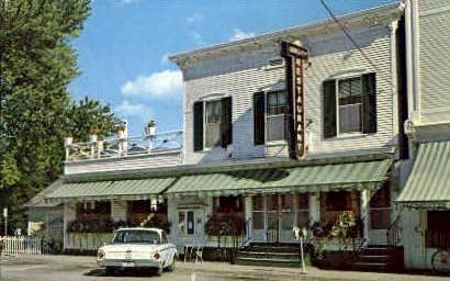 Quality Restaurant - Manchester, Vermont VT Postcard