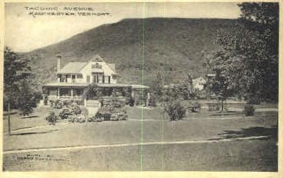 taconic Avenue - Manchester, Vermont VT Postcard
