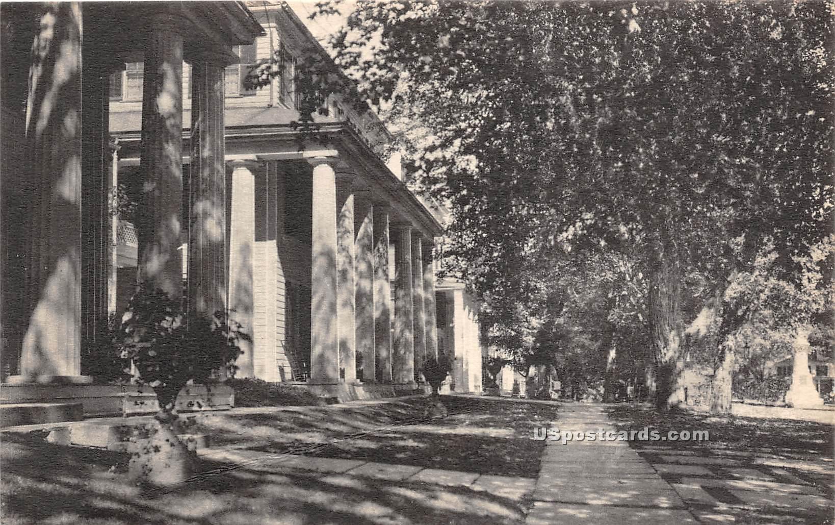 Equinox House - Mancheseter, Vermont VT Postcard