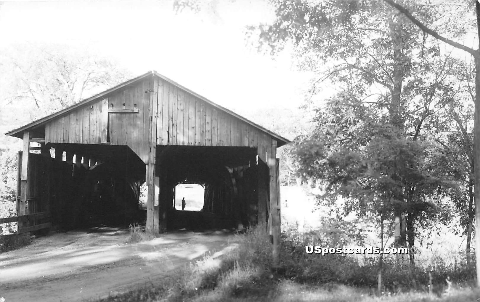 Covered Bridge - Mancheseter, Vermont VT Postcard