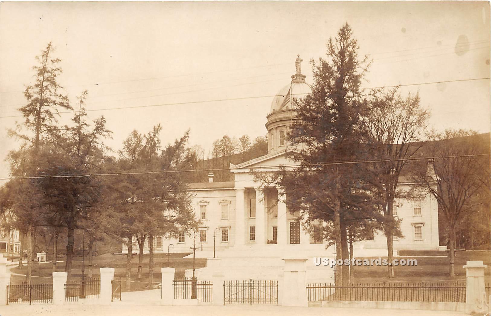 Capitol - Montpelier, Vermont VT Postcard