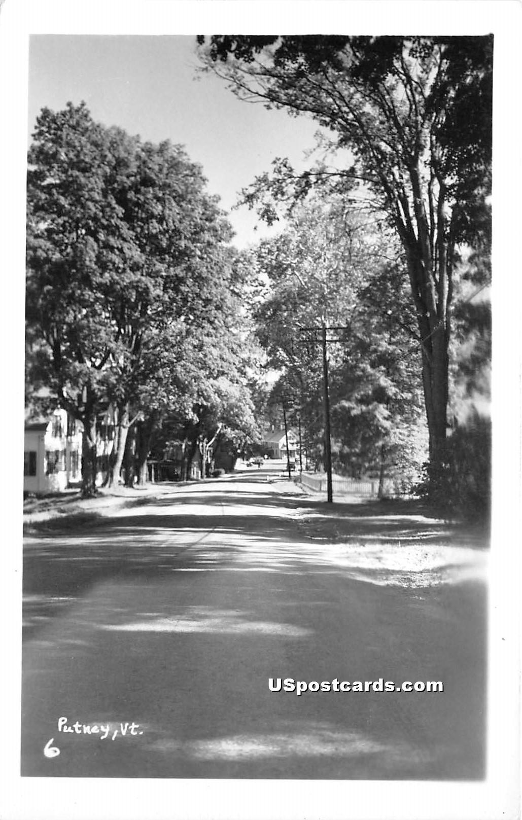 Street Scene - Putney, Vermont VT Postcard