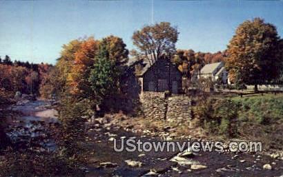 Ottauquechee River, Little Theatre - Woodstock, Vermont VT Postcard