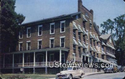 Middlebury Inn - Vermont VT Postcard