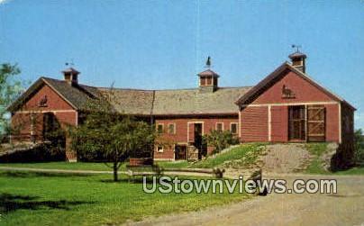 Horseshoe Barn - Shelburne, Vermont VT Postcard
