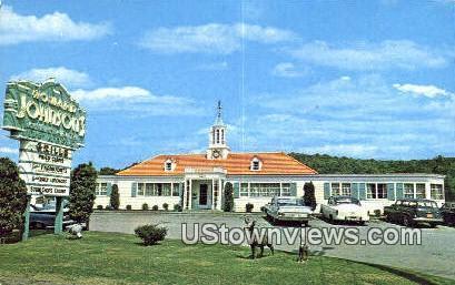 Howard Johnson's Restaurant - Barre, Vermont VT Postcard