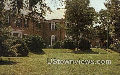 Farmington Country Club - Charlottesville, Vermont VT Postcard