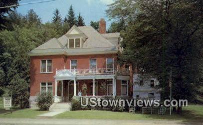 Lackey's Tourist Home - Montpelier, Vermont VT Postcard