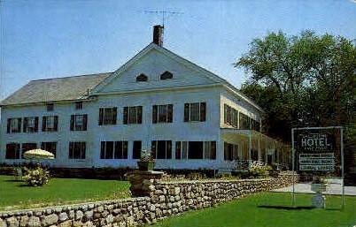 Shelburne Hotel - Vermont VT Postcard