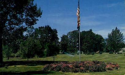 Veterans Memorial Park - Yakima, Washington WA Postcard