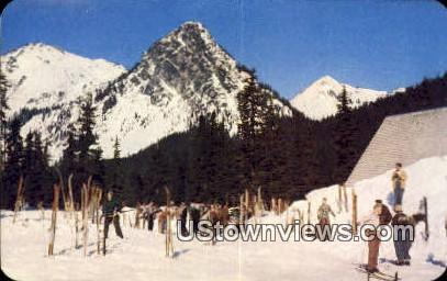 Winter Sports Area, Skiing - Snoqualmie Pass, Washington WA Postcard