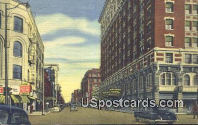Sparague Avenue, Hotel Davenport - Spokane, Washington WA Postcard