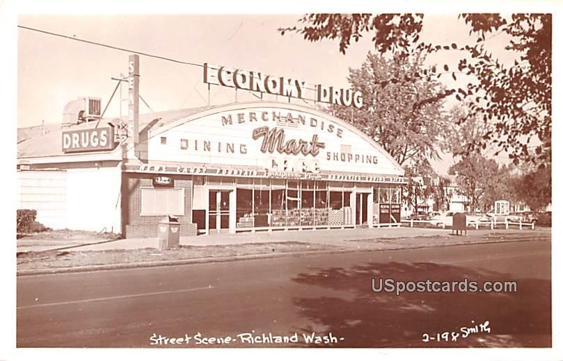 Street Scene - Richland, Washington WA Postcard