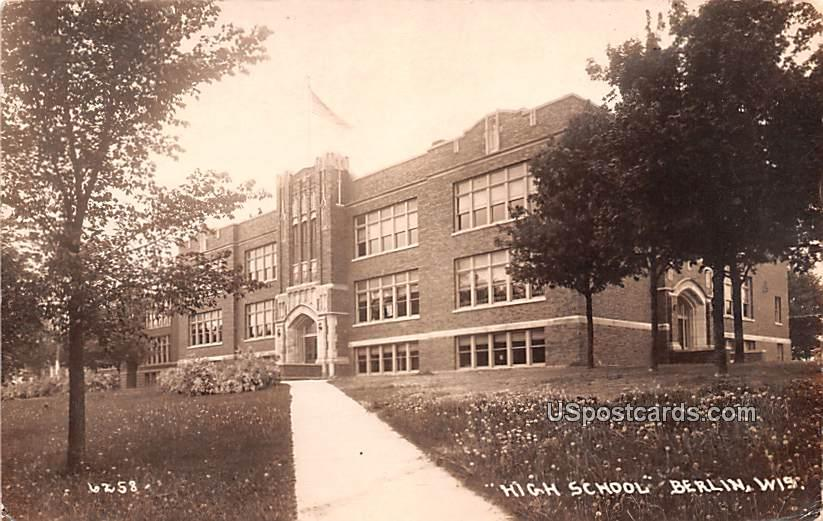 High School - Berlin, Wisconsin WI Postcard