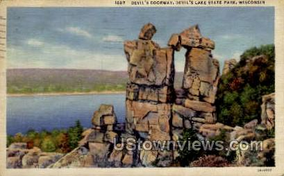 Devil's Doorway - Devil's Lake, Wisconsin WI Postcard