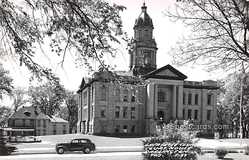 Lafayette County Court House - Darlington, Wisconsin WI Postcard