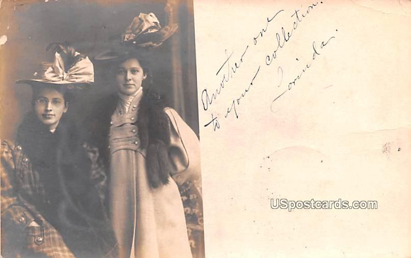 Lodi+11680:11689 - Fountain City, Wisconsin WI Postcard