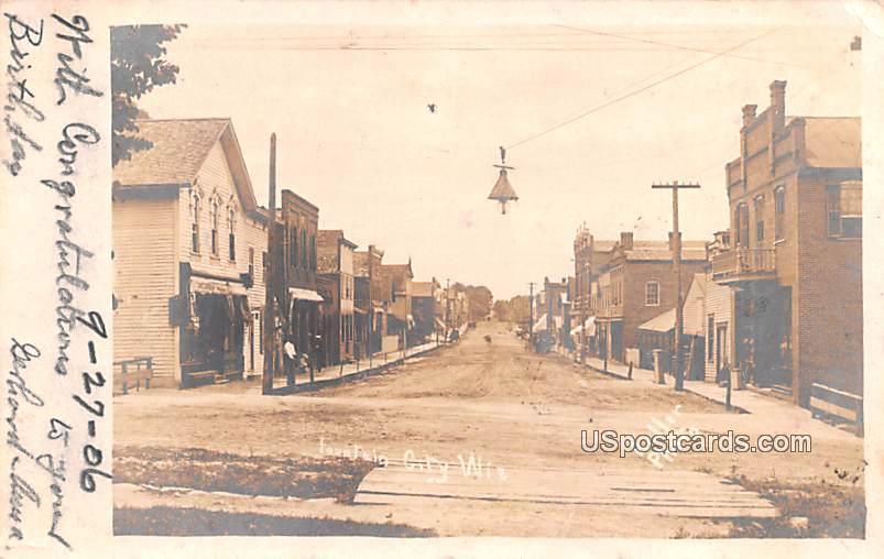 Street Scene - Fountain City, Wisconsin WI Postcard
