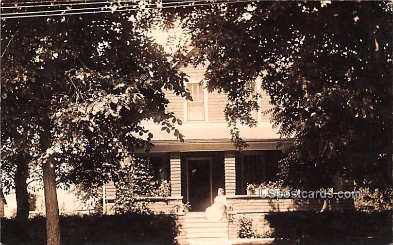 Residence - Hillsboro, Wisconsin WI Postcard