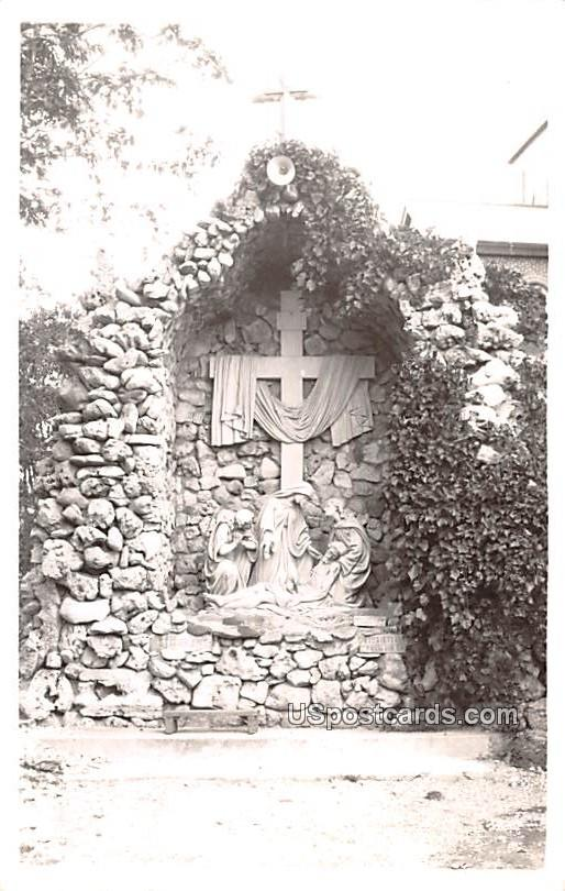 13th Station Statue - Holy Hill, Wisconsin WI Postcard