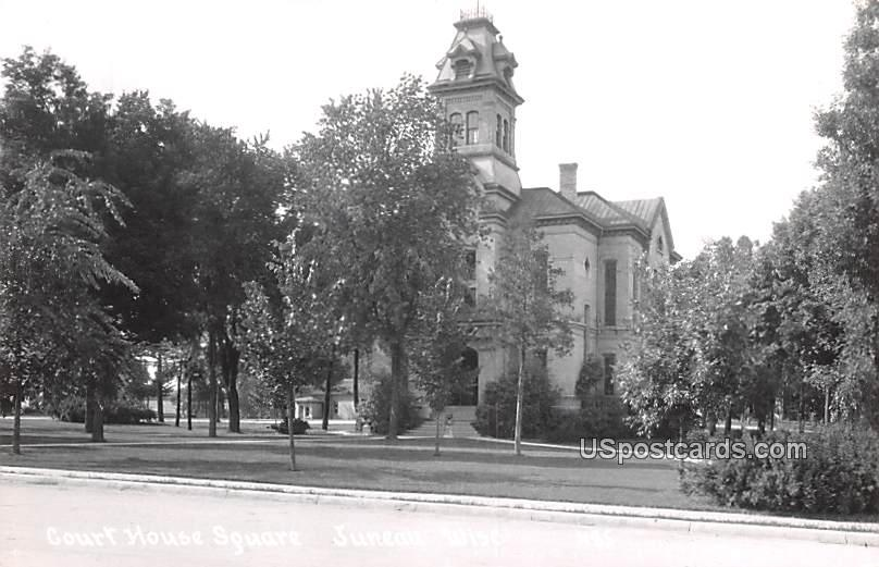 Court House Square - Juneau, Wisconsin WI Postcard