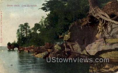 Grand Arch - Lake Superior, Wisconsin WI Postcard