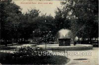 Washington Park - Manitowoc, Wisconsin WI Postcard