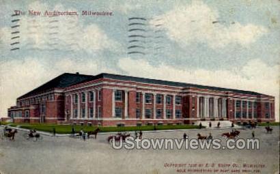 The New Auditorium - MIlwaukee, Wisconsin WI Postcard