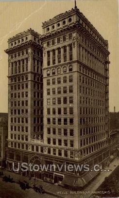 Wells Building - MIlwaukee, Wisconsin WI Postcard
