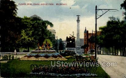 Flower Beds In Grand Avenue Park - MIlwaukee, Wisconsin WI Postcard