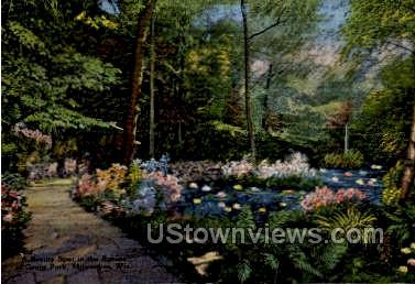 Grand Park - MIlwaukee, Wisconsin WI Postcard