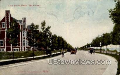 Lake Shore Drive - MIlwaukee, Wisconsin WI Postcard