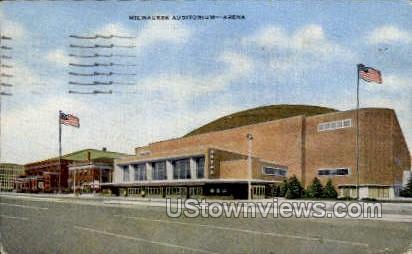 Milwaukee Auditorium - Wisconsin WI Postcard