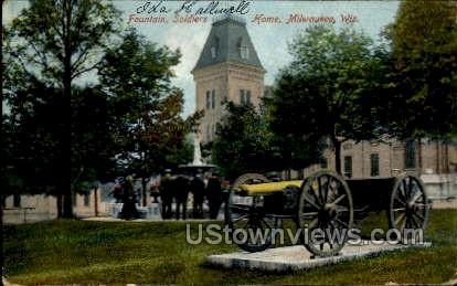 Fountain, Soildiers - MIlwaukee, Wisconsin WI Postcard