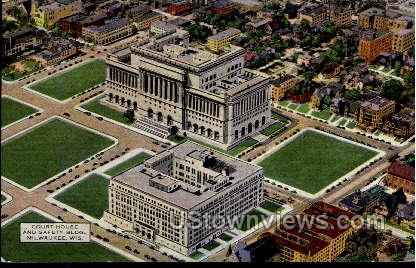 Court House and Safety Building - MIlwaukee, Wisconsin WI Postcard