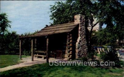 Solomon Juneau Log Cabin - MIlwaukee, Wisconsin WI Postcard