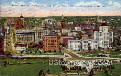 Lincoln Memorial - MIlwaukee, Wisconsin WI Postcard