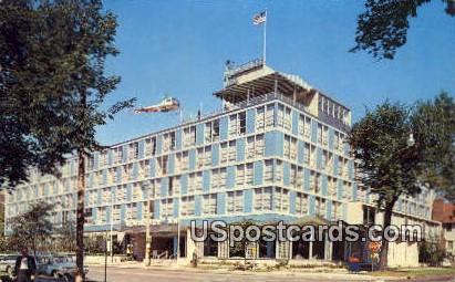 Milwaukee Inn - Wisconsin WI Postcard