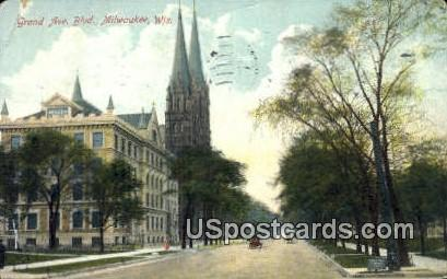 Grand Ave Boulevard - MIlwaukee, Wisconsin WI Postcard