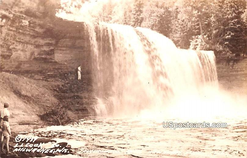 Falls - MIlwaukee, Wisconsin WI Postcard