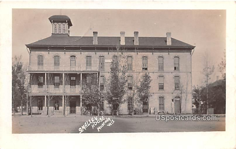 Smalley House - Muscoda, Wisconsin WI Postcard