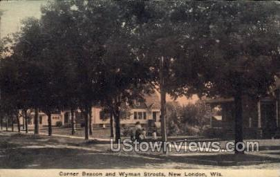 Corner Beacon And Wyman Streets - New London, Wisconsin WI Postcard