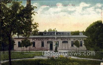 Fountain, City Park - Plymouth, Wisconsin WI Postcard