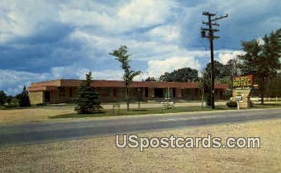 Laurel Motel - Stevens Point, Wisconsin WI Postcard